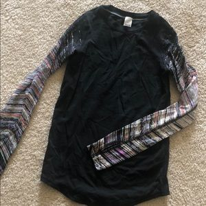 Ivivva Top size 6!